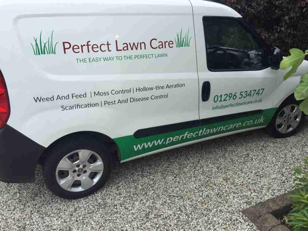 lawn care service - Buckinghamshire, Bedfordshire, Oxfordshire
